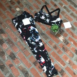 Beyond Yoga print Capri legging and bra